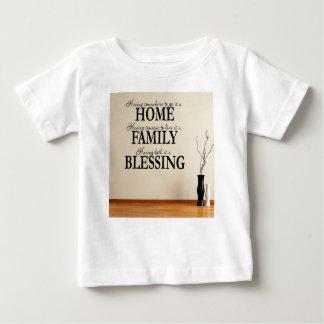 Camiseta Para Bebê Casa + Família = bênção