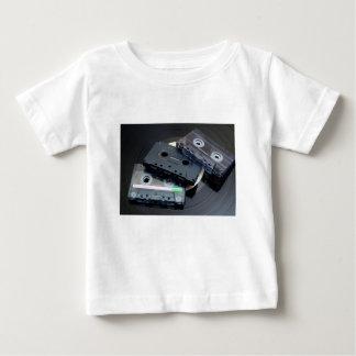 Camiseta Para Bebê Cassetes de banda magnética retros