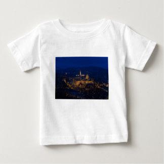 Camiseta Para Bebê Castelo Hungria Budapest de Buda na noite