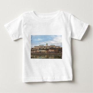 Camiseta Para Bebê Castelo Hungria Budapest de Buda no dia