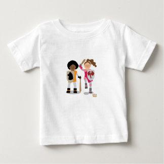 Camiseta Para Bebê Cavaleiro das meninas para fora