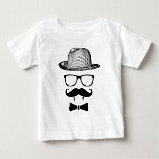 Camiseta Para Bebê Cavalheiro do vampiro do hipster