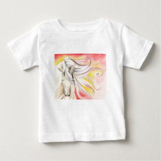 Camiseta Para Bebê Cavalo andaluz da luz do sol