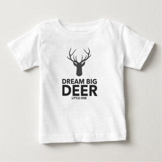 Camiseta Para Bebê Cervos grandes ideais o pequeno
