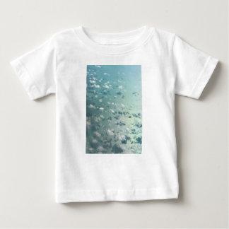 Camiseta Para Bebê Céu e nuvens