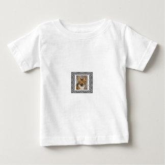 Camiseta Para Bebê chacal em um quadro