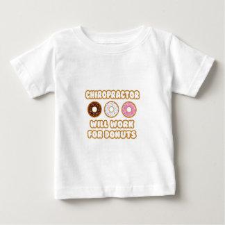 Camiseta Para Bebê Chiropractor. Trabalhará para rosquinhas