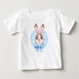 Camiseta Para Bebê Coelho. Arco azul