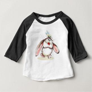 Camiseta Para Bebê Coelho pequeno bonito com borboleta bonito