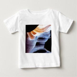 Camiseta Para Bebê Colisões e protuberâncias nas rochas