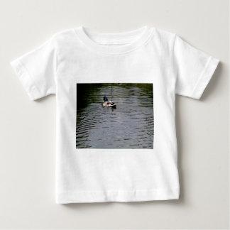 Camiseta Para Bebê Como um pato, seja o pato
