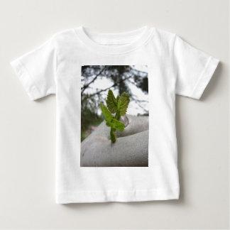 Camiseta Para Bebê Conceito novo da ideia da vida