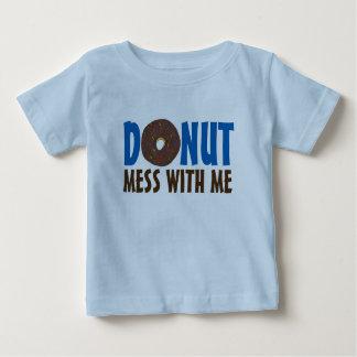 Camiseta Para Bebê Confusão da rosquinha comigo filhós Foodie do