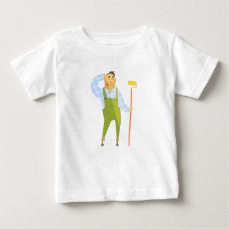Camiseta Para Bebê Construtor que risca a cabeça no canteiro de obras