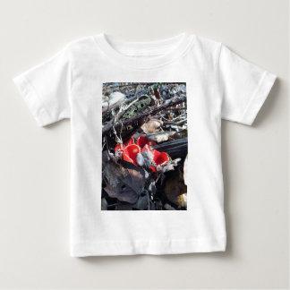 Camiseta Para Bebê Copos e folhas vermelhos