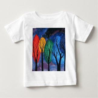 Camiseta Para Bebê Cor da noite - do arco-íris céu estrelado das