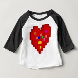 Camiseta Para Bebê coração de 8 bits