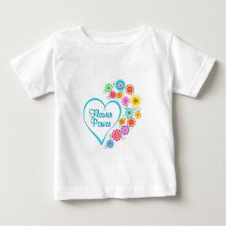 Camiseta Para Bebê Coração de flower power