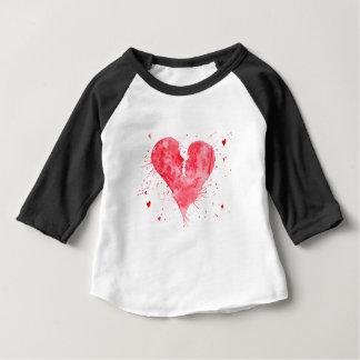Camiseta Para Bebê Coração do beijo da aguarela