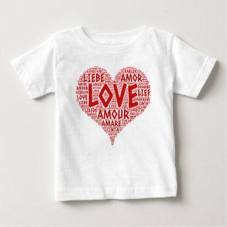 Camiseta Para Bebê Coração ilustrado com palavra do amor