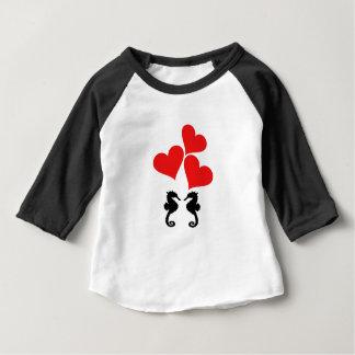 Camiseta Para Bebê Corações & cavalo marinho