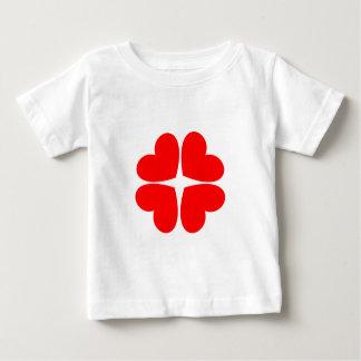 Camiseta Para Bebê Corações vermelhos