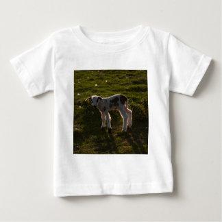 Camiseta Para Bebê Cordeiro recém-nascido