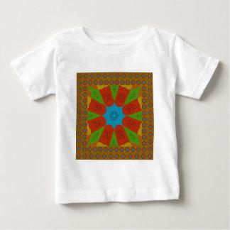 Camiseta Para Bebê Cores femininos africanas de surpresa bonitas do