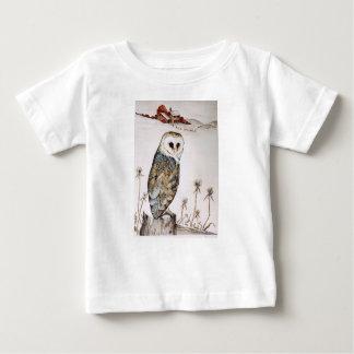 Camiseta Para Bebê Coruja de celeiro na caça
