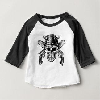 Camiseta Para Bebê Crânio e pistolas do vaqueiro