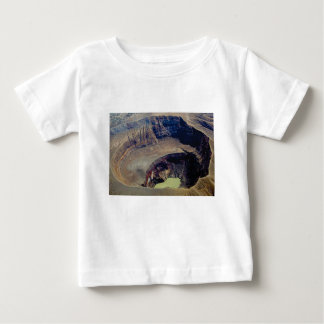 Camiseta Para Bebê cratera vulcânica profunda