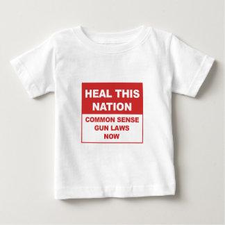 Camiseta Para Bebê Cure esta nação - leis da arma do senso comum