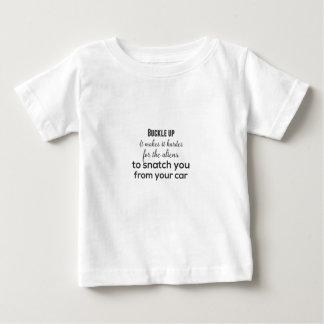 Camiseta Para Bebê Curvatura acima. Faz mais duro para os aliens a