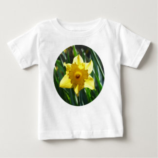 Camiseta Para Bebê Daffodil amarelo 02.2_rd