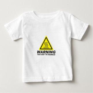 Camiseta Para Bebê Demasiado quente para segurar