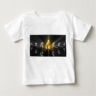 Camiseta Para Bebê Desenvolvimento de carreira com uma equipe do