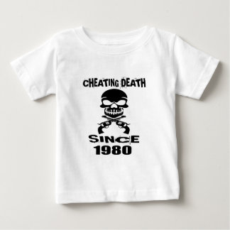 Camiseta Para Bebê Design de engano do aniversário da morte desde