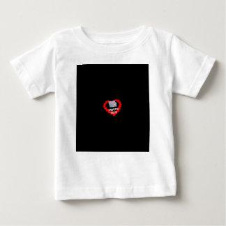Camiseta Para Bebê Design do coração da vela para o estado de Iowa