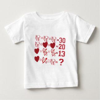Camiseta Para Bebê design do dia dos namorados da equação dos