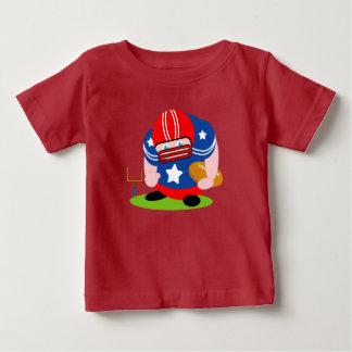 Camiseta Para Bebê Design patriótico adorável do jogador de futebol