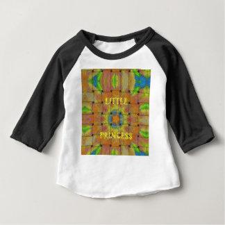 Camiseta Para Bebê Design pequeno das cores da princesa Bonito