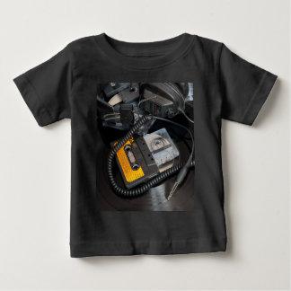 Camiseta Para Bebê design retro do anos 80
