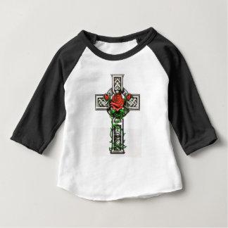 Camiseta Para Bebê Design transversal cor-de-rosa do tatuagem