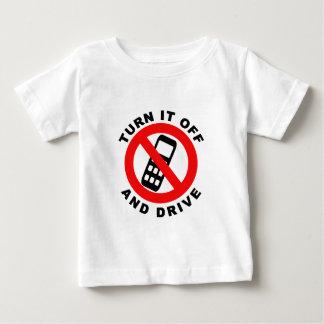 Camiseta Para Bebê Desligue-o e conduza-o