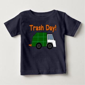Camiseta Para Bebê Dia do lixo! - Regra dos caminhões de lixo