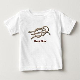 Camiseta Para Bebê Do nó roupa do bebê agora -