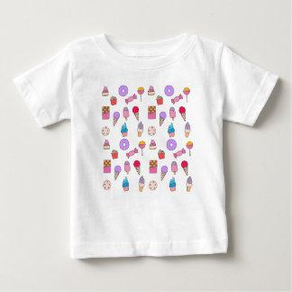 Camiseta Para Bebê Doces, doces e bolo