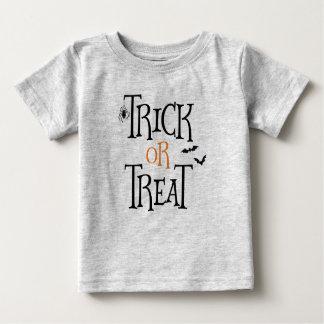 Camiseta Para Bebê Doçura ou travessura o Dia das Bruxas