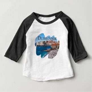 Camiseta Para Bebê Dubrovnik com uma vista
