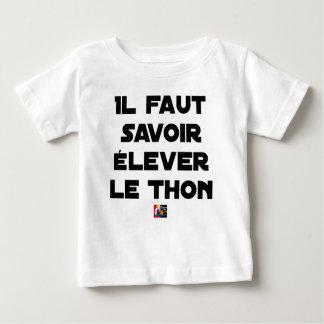 Camiseta Para Bebê É NECESSÁRIO SABER CRIAR o ATUM - Jogos de